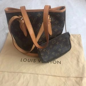 Authentic Louis Vuitton Bucket PM with pouch